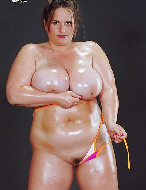Oiled Mature Photos